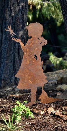 Welded Art, Metal Art Sculpture, Rusty Garden, Stone Landscaping, Garden Design Plans, Metal Yard Art, Shadow Art, Metal Artwork, Garden Art
