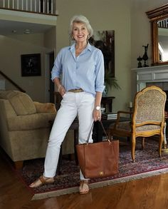The Best Fashion Ideas For Women Over 60 - Fashion Trends Older Women Fashion, Over 50 Womens Fashion, 50 Fashion, Autumn Fashion, Fashion Outfits, Fashion Trends, Fashion Tips, Petite Fashion, Curvy Fashion