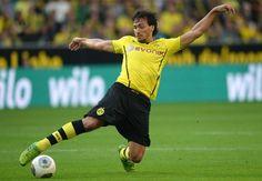 I won't leave Dortmund for more money,says Borussia Dortmund defender Mats Hummels