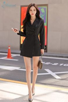 Asian Fashion, Girl Fashion, Fashion Outfits, Womens Fashion, Korean Dress, Korean Outfits, Beautiful Legs, Beautiful Asian Girls, Office Uniform