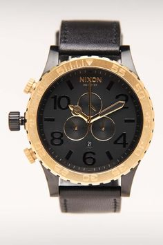 Nixon 51-30 Chrono Gold Leather Watch. Such a nice watch. Want something like this for myself
