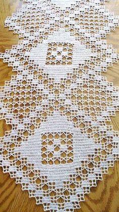 Macrame Bracelet Designs Nonetheless Stylish After Ages By Zazok - Diy Crafts - mokokos Lace Doilies, Crochet Doilies, Crochet Lace, Doily Patterns, Applique Patterns, Crochet Patterns, Filet Crochet Charts, Crochet Stitches, Crochet Table Runner