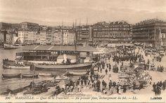 Quai de la Fraternité - Au premier plan, déchargement du Sel France, Provence, Paris Skyline, Travel, Image, Photos, Marseille, Pop Art Wallpaper, Urban Landscape