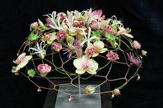 Floral Movement • Lelystad 2013 • Bridal Bouquet Contest