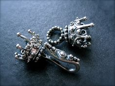 Solid Sterling Silver King's Crown 3 Strand Hook by lilysoffering