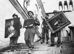 U.S. troops rescued in 1945 Neunschwanstein Fussen castle (Germany) three valuable paintings by the Nazis plundered collections.