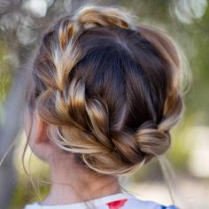 trendy wedding hairstyles for kids flower girls updo Prom Hairstyles For Short Hair, Cute Girls Hairstyles, Flower Girl Hairstyles, Braided Hairstyles For Wedding, Easy Hairstyles, Wedding Braids, Hair Wedding, Woman Hairstyles, Halloween Hairstyles