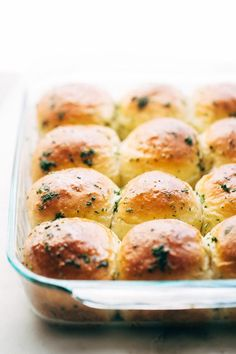 The fluffiest, most amazing garlic her dinner rolls and they only take 1 hour to prepare! These have a secret ingredient that make them extra delicious!
