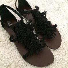 Fringe sandals Perfect for spring and summer! They're black sandals. They have fringe down the center. Very cute! Brand new with tags. I still have the box if you want it. Mossimo Shoes Sandals
