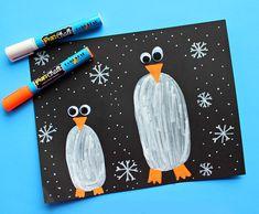 Winter - Pinguïns - Knutselen met kinderen - Penguins in the Dark Kids Craft -Crafty Morning Cute Kids Crafts, Winter Crafts For Kids, Crafts For Kids To Make, Preschool Crafts, Art For Kids, Winter Art Projects, Craft Projects For Kids, Bird Crafts, Craft Stick Crafts