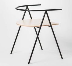 prototype / chair Michal Latko, Lukasz Fragstein -- needs more functionality i think Design Furniture, Modern Furniture, Home Furniture, Table Design, Chair Design, Poltrona Design, Take A Seat, Furniture Inspiration, Sofa Chair