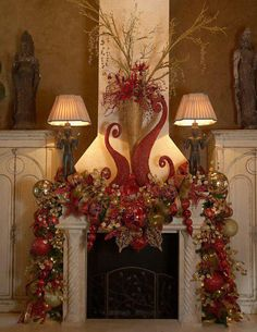 That's an extravagantly beautiful Christmas fireplace. Noel Christmas, Winter Christmas, Christmas Wreaths, Christmas Ideas, Christmas Vacation, Christmas Fireplace Mantels, 242, Diy Weihnachten, Beautiful Christmas