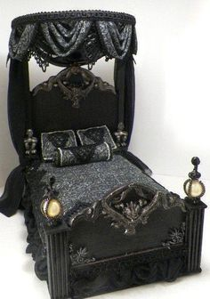 dreaming of having this #Goth bed in #black