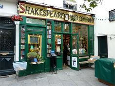 Shakespeare & Company, famous book store in Paris - Always dreamed of going here! The only English bookstore in Paris
