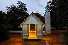 A Third Act for a Tiny House - In Ramseur, North Carolina, a reincarnation of a modernist dog-trot house. The - The New York Times Carolina Do Norte, North Carolina, Dog Trot House, Cabins And Cottages, Small Cabins, Cabins In The Woods, Dog Houses, Tiny Houses, Prefab