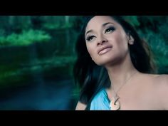 I love this song and video, it makes me so proud to be Maori. Spiritual and beautiful. You go sis :') Maori Songs, Long White Cloud, Maori Art, Music Pics, Sound Of Music, Beautiful Islands, New Zealand, Singer, Culture