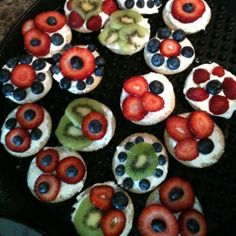 how about toppings for yogurt ? 4th Of July, Yogurt, Cookies, Baking, Desserts, Ideas, Food, Crack Crackers, Tailgate Desserts