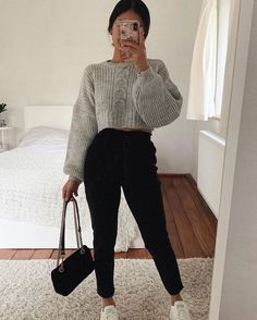 Idée de tenue - Outfit Ideas - Clothes - discover all our jewels and get discount 💖🥰 You are in the right place about outfits with - Teenager Outfits, Mom Outfits, Winter Fashion Outfits, Simple Outfits, Stylish Outfits, Classy Outfits, Cute Comfy Outfits, Casual Winter Outfits, Cute Everyday Outfits