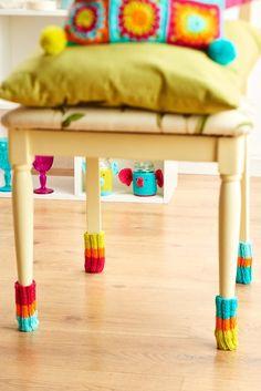Chair socks from LGC Knitting & Crochet issue 71 pinterest.com ✿◕ ‿ ◕✿.Viv Borgouis.✿pins