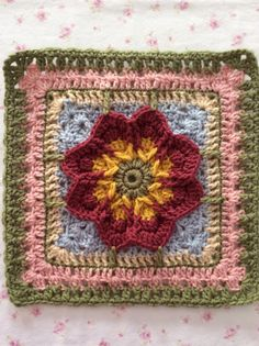 Fall Blossom Afghan Block Motif By Aurora Suominen - Free Crochet Pattern - (ravelry) ~ very pretty - would make awesome afghan/lapghan Crochet Squares Afghan, Crochet Quilt, Granny Square Crochet Pattern, Crochet Blocks, Crochet Blanket Patterns, Crochet Motif, Crochet Yarn, Crochet Stitches, Granny Squares