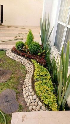 # # Front yard landscaping may will be quite different with the backyard since people that you want to show off is also different. Your backyard is intended for 25 Beautiful Front Yard Rock Garden Landscaping Design Ideas Small Front Yard Landscaping, Backyard Landscaping, Landscaping Design, Florida Landscaping, Backyard Landscape Design, Rocks In Landscaping, Front Yard Ideas, House Landscape, Porch Ideas