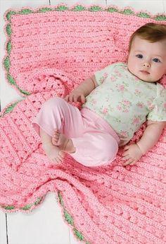 [Free Pattern] Lovely Scalloped Fan Edged Baby Crochet Blanket