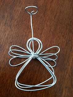 Wire angel ornament tutorial So Cute - I just tried these and they turned out really sweet! Tutorial is super easy to follow!