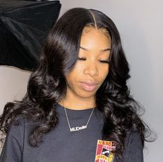 Hairstyles For School, Wig Hairstyles, Lace Front Wigs, Lace Wigs, Medium Brown Hair, Thing 1, 360 Lace Wig, Wig Making, Loose Waves