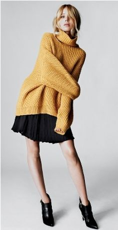 Elin Kling for Marciano by Guess: Jonna Oversized Sweater.
