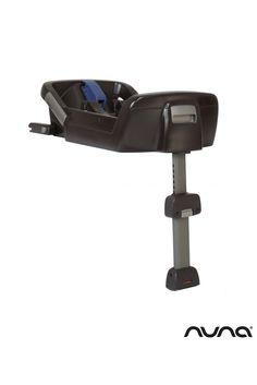La Base Isofix permet une installation rapide et plus sécurisée du siège-auto dos à la route. #baseisofixdenuna #baseisofix #nuna #siègeauto