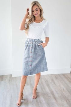Light denim tan striped button down skirt modest bsmaids dresses with sleeves - neesee's dresses. Skirt Outfits Modest, Modest Summer Outfits, Denim Skirt Outfits, Modest Skirts, Classy Outfits, Church Outfit Summer, Button Down Skirt Outfit, Casual Church Outfits, Striped Skirt Outfit