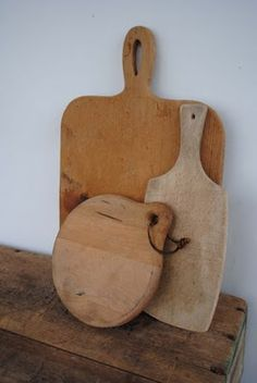 ♥ old cutting boards make any kitchen design complete...