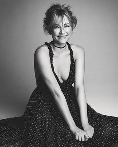 Haley Bennett by Patrick Demarchelier for Vogue Russia February 2017 - Dior Spring 2017 polka dot print gown and choker necklace Haley Bennett, Patrick Demarchelier, Printed Gowns, Dior Fashion, Vintage Couture, Vogue Russia, Blonde Beauty, Hollywood Celebrities, International Fashion