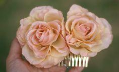 Vintage inspired silk flower. Love the color