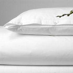 Schlichte weiße Bettwäsche PUR