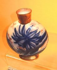c.1876-1907 William Alsager ADDERLEY Flow Blue & Gold LILIES PILLOW VASE~LOVELY! Lilies, Blue Gold, Flow, Jar, Plates, Antiques, Home Decor, Licence Plates, Antiquities