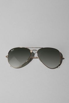 can never go wrong with a good pair of aviators