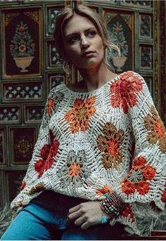 ergahandmade: Crochet Blouse with African flower +Diagrams + Video Tutorial Crochet Jumper, Crochet Coat, Crochet Cardigan, Crochet Clothes, Crochet Baby, Crochet Stitches For Beginners, African Flowers, Knitting Stiches, Crochet Fashion