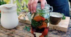 Tips: Man kan syra de flesta grönsaker, var inte rädd för att prova dig fram för att hitta din favorit!