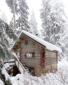 Why You Should Consider Buying a Log Cabin - Rustic Design Tiny Cabins, Cabins And Cottages, Log Cabins, Winter Cabin, Cozy Cabin, Cabin Homes, Log Homes, Cabin In The Woods, Little Cabin