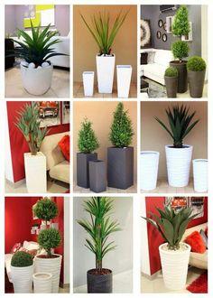 Ports n flower decoration House Plants Decor, Plant Decor, Home Room Design, Interior Design Living Room, Indoor Garden, Indoor Plants, Flower Vases, Flower Pots, Porch Decorating