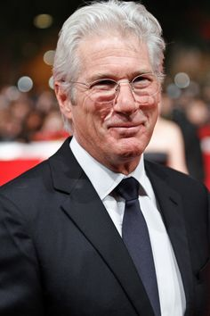 Richard Gere Photos - Actor Richard Gere attends the Annual International Film Festival of Rome in Italy. - Roberto Bolle at the Rome International Film Festival Richard Gere, Beautiful Men, Beautiful People, Sensitive Men, Oscar Winning Movies, Live In The Now, International Film Festival, Best Actor, Pretty People