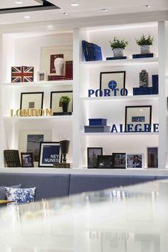 casa café salgado filho porto alegre projeto moderno design brasil azul listras sofa nichos varig