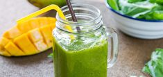 This smoothie goes to show you that it doesn't take two to tango. It just takes a mango! Sip to your health and enjoy the refreshing flavors. Mango Smoothies, Kale Smoothie Recipes, Weight Loss Smoothie Recipes, Weight Loss Meals, Kiwi Smoothie, Easy Smoothies, Smoothie Cleanse, Super Green Smoothie, Fat Burning Smoothies