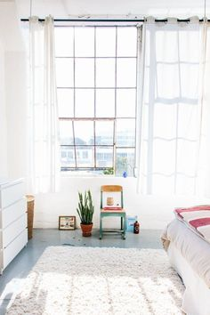 Jeanette & Mikul's Airy, Sunny and Minimal One-Room East Bay Loft — House Tour