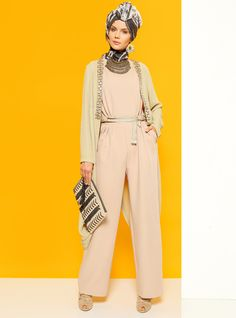 hijab style #hijabstyle #hijabfashion #womensfashion #style #elegant #modestfashion #streetfashion