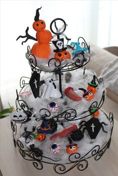 tombe oeil globuleux grave scary eyes halloween fimo les cras de miss caly pinterest fimo and eyes - Halloween Cupcake Holder