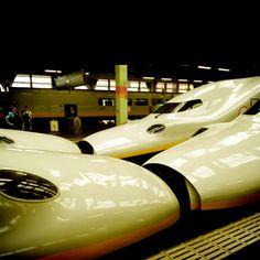 shinkansen E4 twin