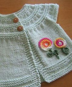This Pin was discovered by Pri Baby Cardigan Knitting Pattern, Crochet Baby Cardigan, Baby Knitting Patterns, Knit Crochet, Winter Baby Clothes, Knitted Baby Clothes, Embroidery Flowers Pattern, Baby Coat, Knitting For Kids