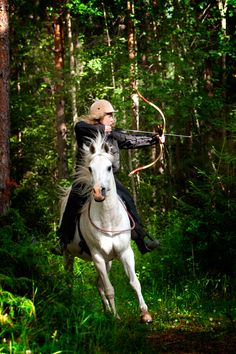 Jeenial and Ylwa at the DHA Hunt track, horseback archery track in the woods, Rättvik August 2012. Photo: Malin Jones